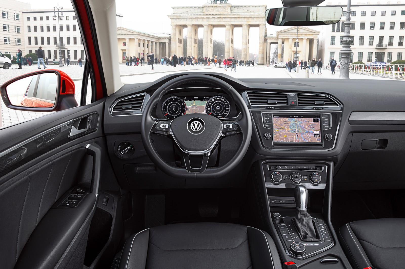 Khoang lái của Volkswagen Tiguan 2016 quá đẹp, logic và sang trọng