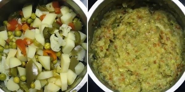 Pav Bhaji Recipe | Bombay Chaat (Street Food) | Vegetarian Sloppy Joes