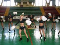 """Eliminacje do VI Turnieju Grup Tanecznych """"Cheerleaders"""" w ramach Krakowskiej Olimpiady Młodzieży - Hala KS """"Hutnik""""    *V miejsce*  (14.11.2006)"""