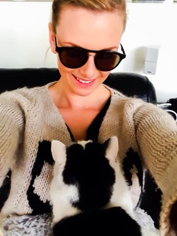 k-fashion-clothing-cat