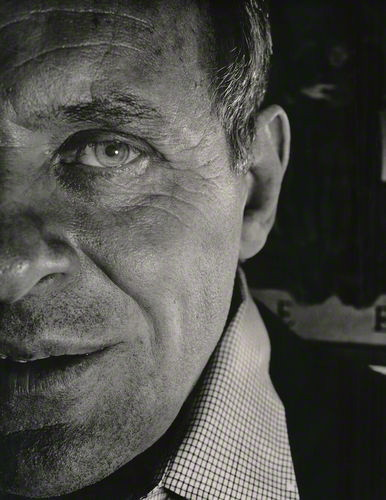 Sir Anthony Hopkins by Alistair Thain (1985), courtesy National Portrait Gallery