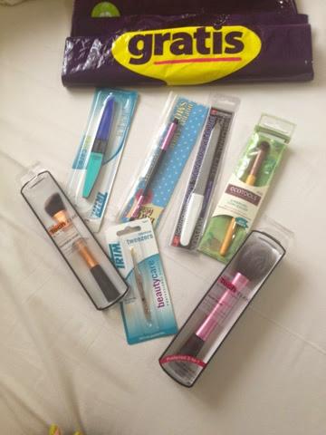 Karışık Alışveriş , MAC , Flormar , Gratis , NYX , Pastel - note cosmetics - youtuber - kozmetik alışverişi - kozmetik blogları - makyaj blogları - mac alışverişi - pastel long wear 9 numara - nyx macaron