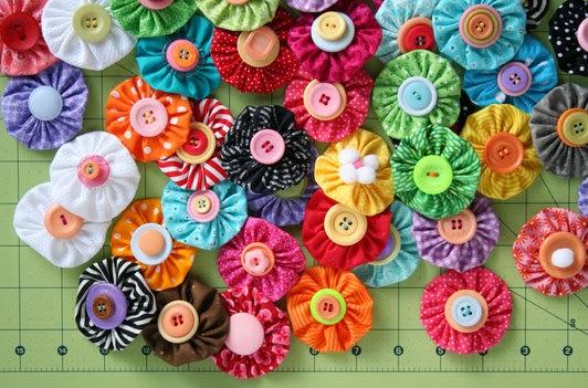 Fuxico decorados com botões