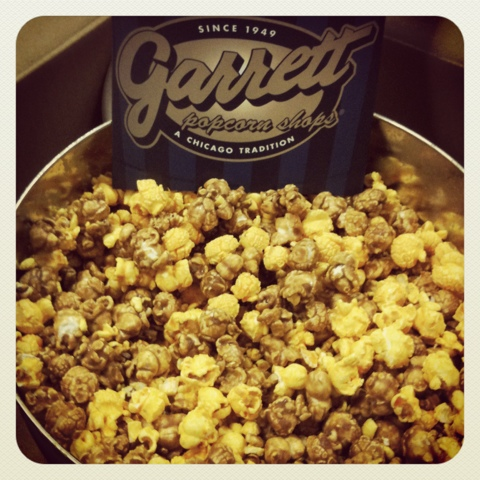garrett's caramel and cheddar cheese popcorn