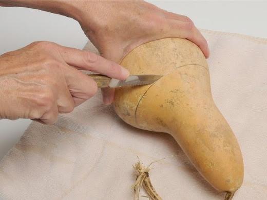 cortar a cabaça com uma faca
