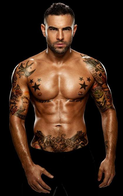 Hot Tattooed Guys Pictures Gallery 14