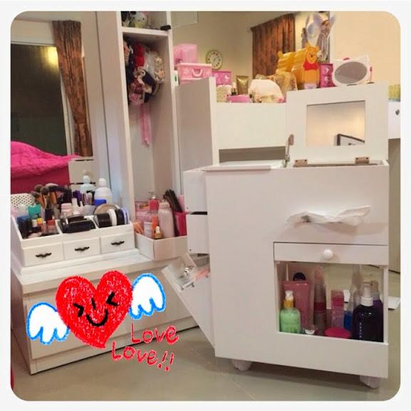 Korean Home Decor: Korean Dresser Makeup Storage Mobile Vanity Beauty Cabinet