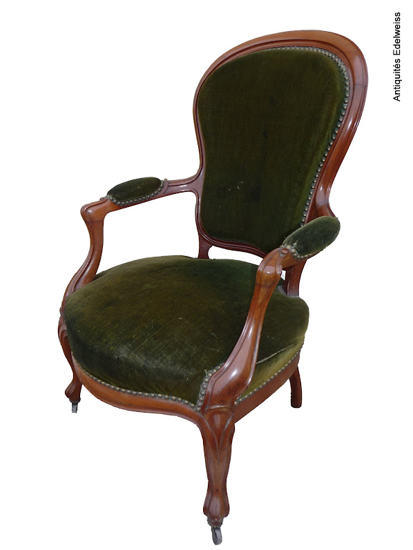 Fauteuil Style louis Philippe Capitonné d\'un velours vert Ossature ...