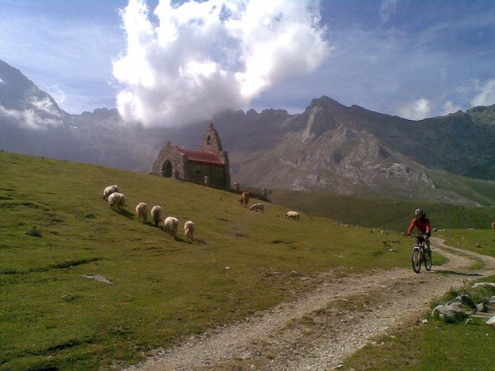 Vuelta al macizo oriental Picos de Europa - Domingo 22 15072011%2528064%2529