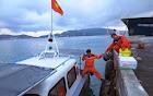 Duy trì 5 tàu tìm kiếm suốt đêm 8 thuyền viên bị mất tích