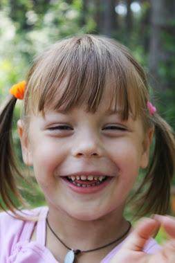 50 речей, яким потрібно навчити свою дочку