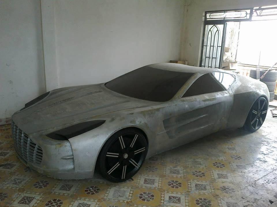 """Aston Martin One-77 """"hàng nhái"""" trông như...hàng thật"""