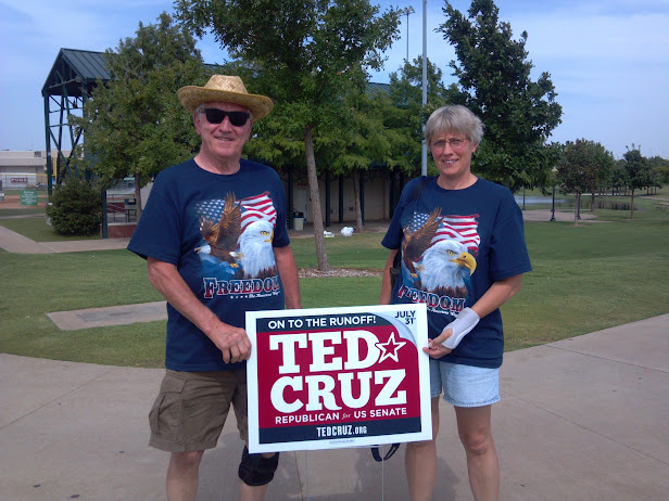 Dennis and Renae Hafnbreadl of Wausau, WI support Ted Cruz