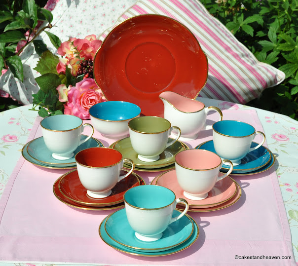 Harlequin 1950s Tea Set by Susie Cooper