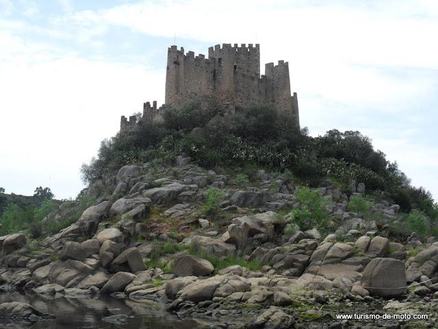 Tancos e o Castelo de Almourol, Ribatejo, Portugal