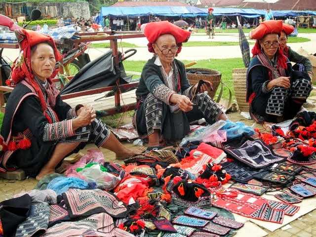things to do in sapa, sapa square, hilltribes in sapa, things to know before you go, sapa