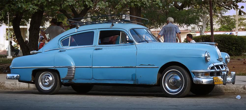 1950 pontiac streamliner deluxe 4 door sedan cubanclassics for 1950 pontiac 2 door