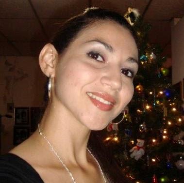 Mirna Mendoza Photo 20