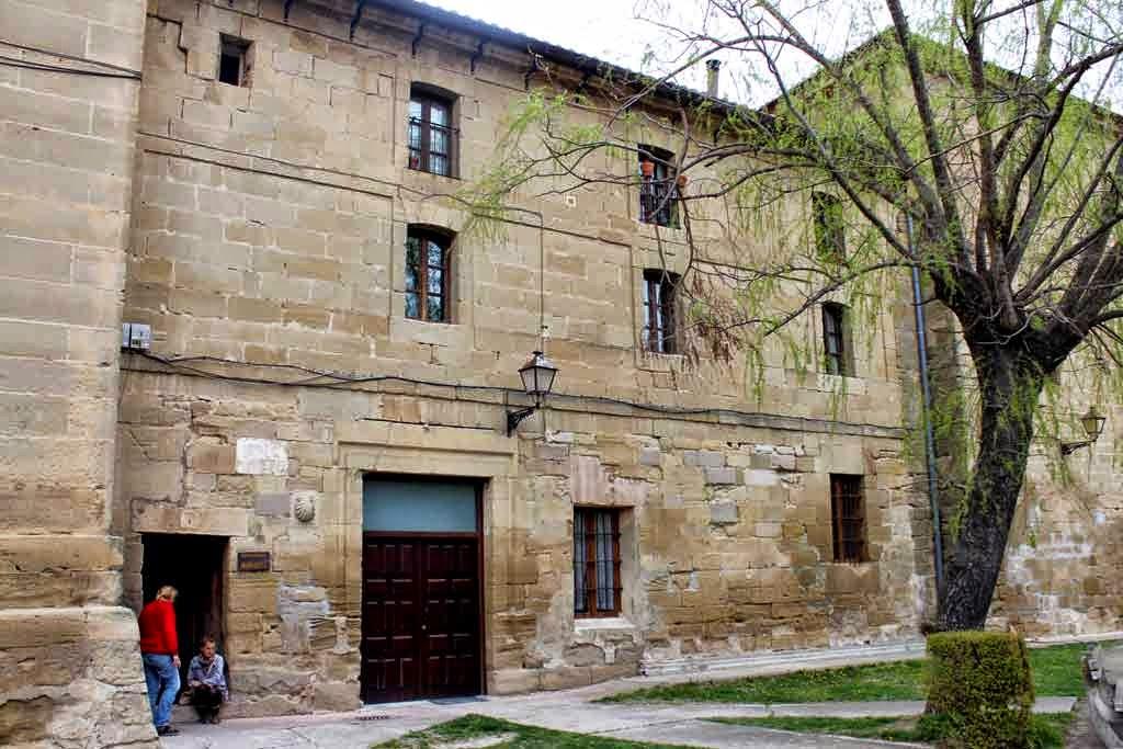Hospital de Peregrinos San Juan Bautista, Grañón, La Rioja :: Albergues del Camino de Santiago