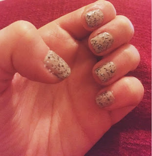 NOTD - Speckled Nails