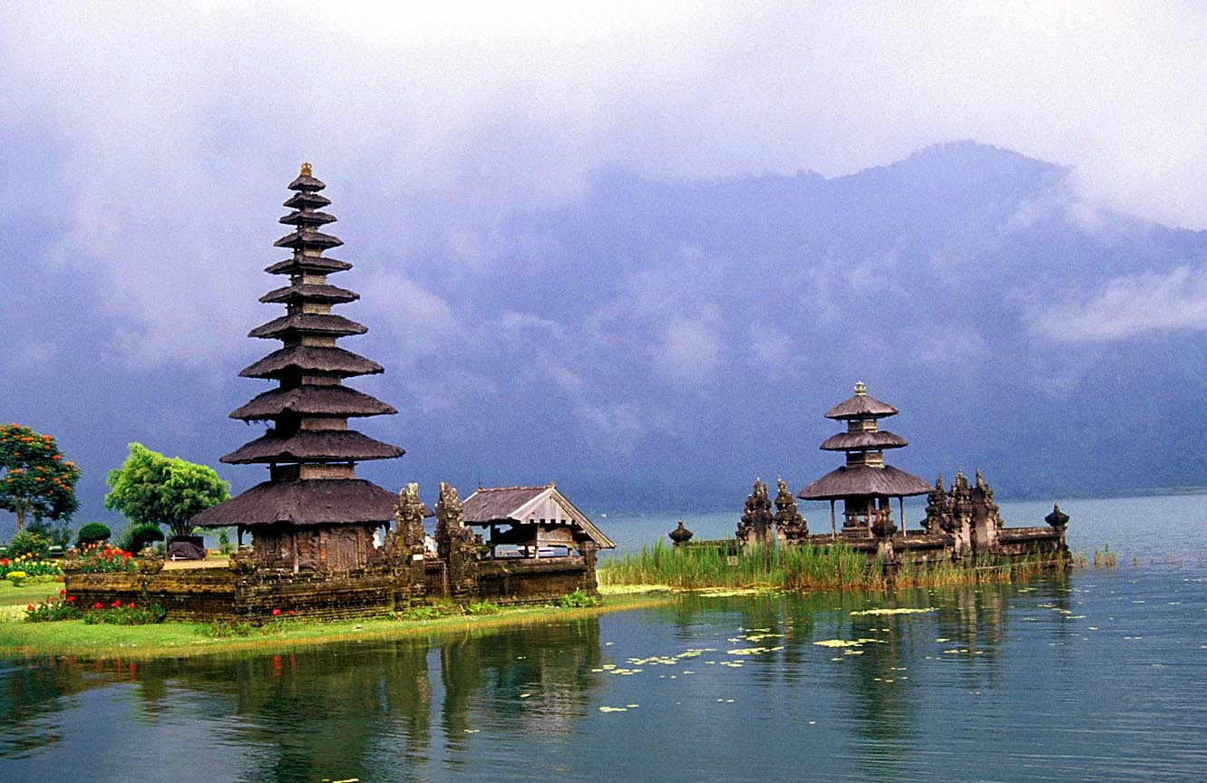 tempat wisata indah di jawa barat