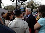Consilierul local PDL Costel Tătăranu, şeful Inspecţiei în Construcţii Suceava - Protest împotriva distrugerii spaţiilor verzi din Suceava