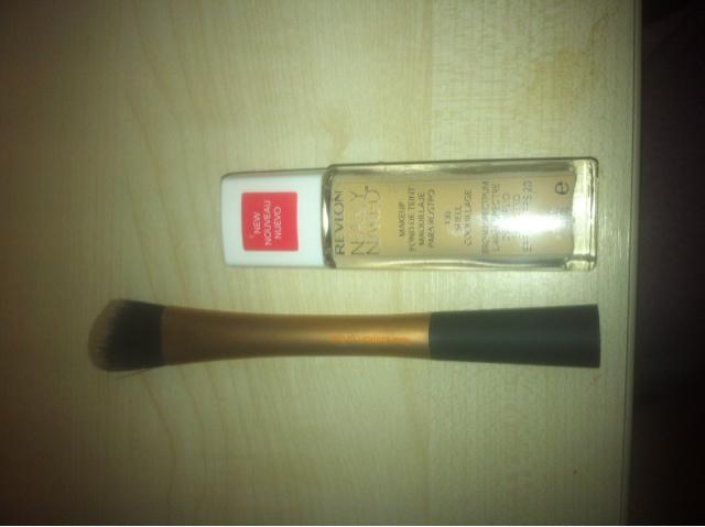 http://kewteepye.blogspot.com/2013/04/revlon-naked-foundation-review-dry-skin.html