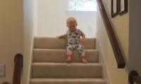 اللعب علي السلالم