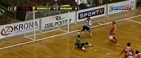 An incredible futsal miss youve gotta see: Pixote (Joinville) vs Ibirama