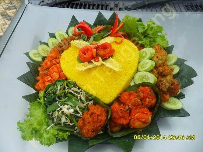Nasi Tumpeng Tanara Serang