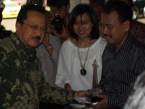 Penghargaan Irwan Dwikustanto