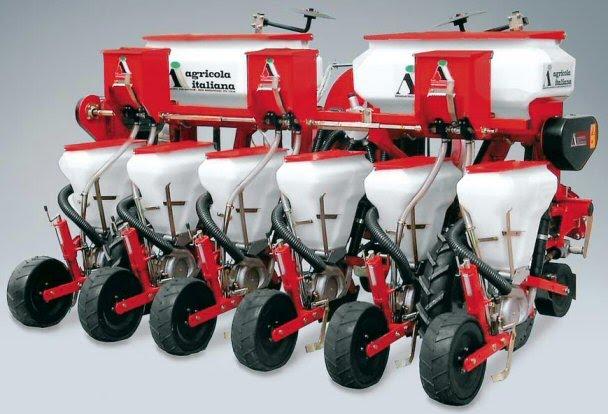 ΦΥΤΕΥΤΙΚΗ ΣΠΑΡΤΙΚΗ ΠΝΕΥΜΑΤΙΚΗ ΜΗΧΑΝΗ ΤΡΑΚΤΕΡ ΕΛΚΥΣΤΗΡΑΣ ΕΛΚΥΣΤΗΡΕΣ  pneumatikes mixanes Πνευματική σπαρτική μηχανή 6 σειρών Agricola Italiana τύπου P300 για παντζάρι (τεύτλα), σόγια