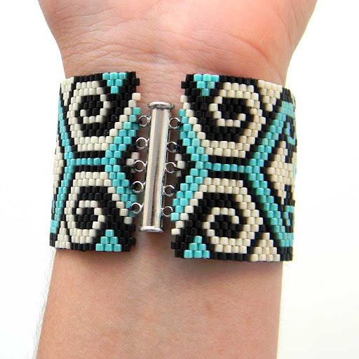 украшения из бисера ручной работы браслет peyote cuff