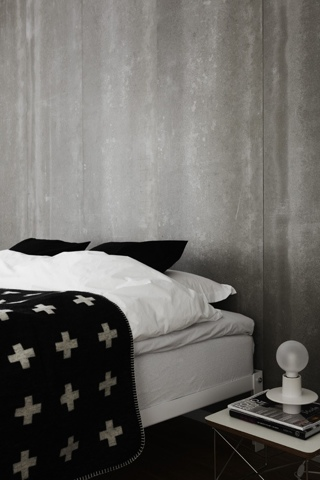 {Design} Cross blanket by Pia Wallen