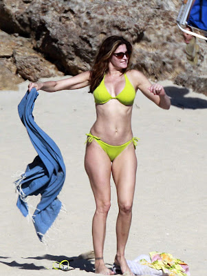 Stephanie Seymour In Florescent Lime Green Bikini  Flaunted Her Killer Curves