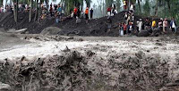 GAMBAR 10 RUMAH YANG TERTIMBUN LAHAR DINGIN MERAPI TERBARU 2011