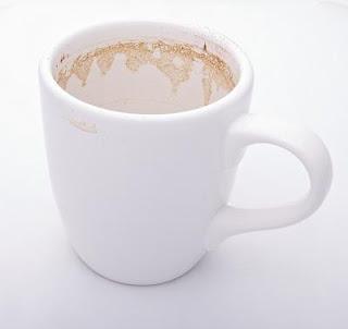 noda teh dan kopi dapat dihilangkan dengan campuran jeruk nipis, gula pasir dan garam
