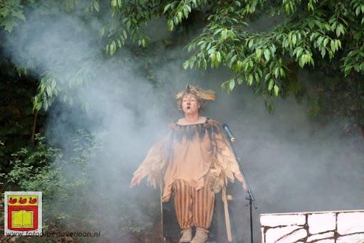Alice in Wonderland, door Het Overloons Toneel 02-06-2012 (63).JPG