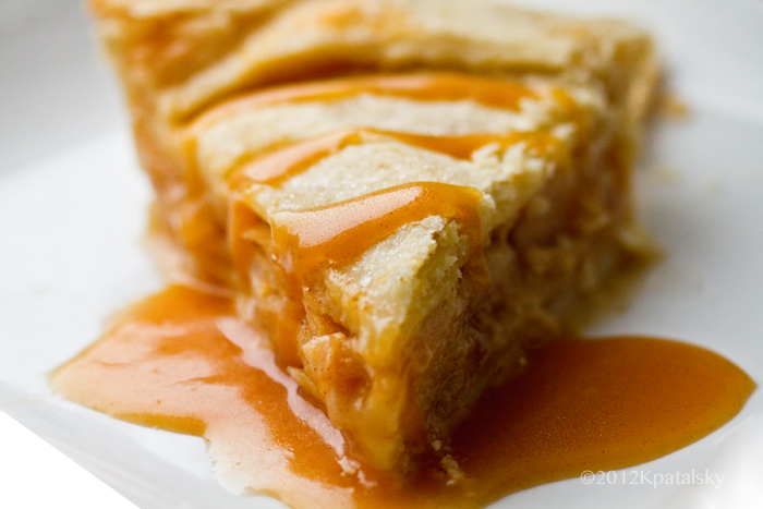 vegan caramel apple pie fact i hate apple pie well i used to hate it ...