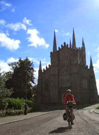 Chris on the Bike in Downpatrick, Nordirland