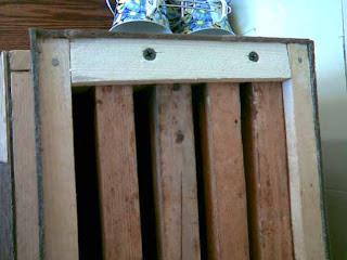 крепление рамок в ловушке для пчёл