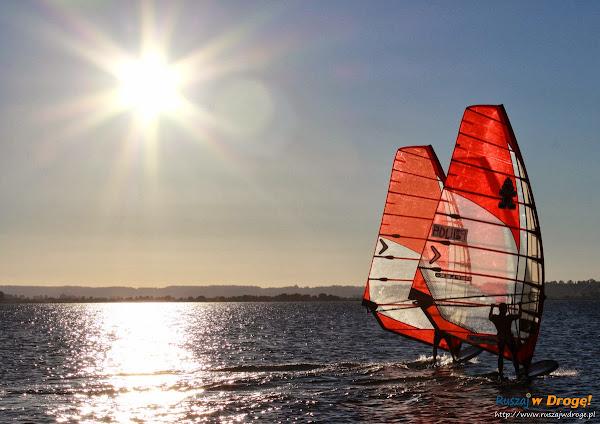 Windsurfing na Kaszubach w Rewie