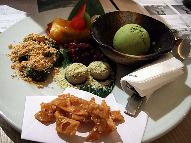 Dessert platter at Shimbashi Soba