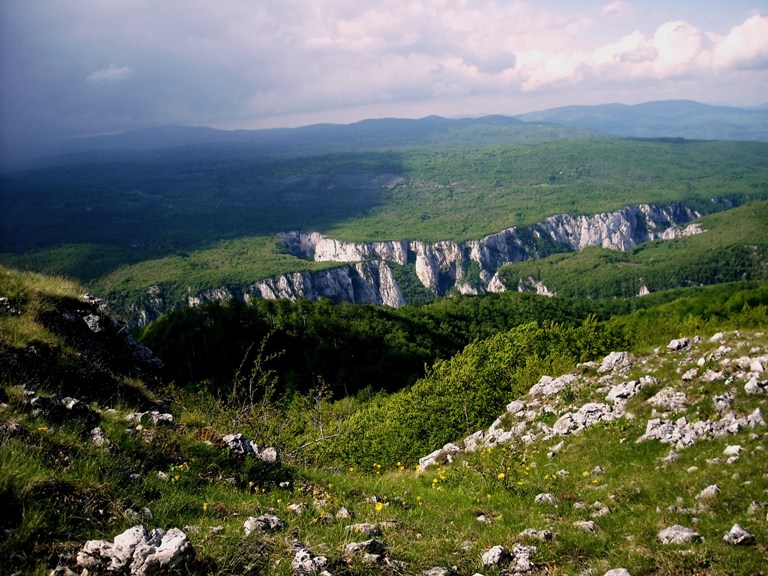Planina Malinik - Lazarev kanjon - Lazareva pećina - biseri Istočne Srbije