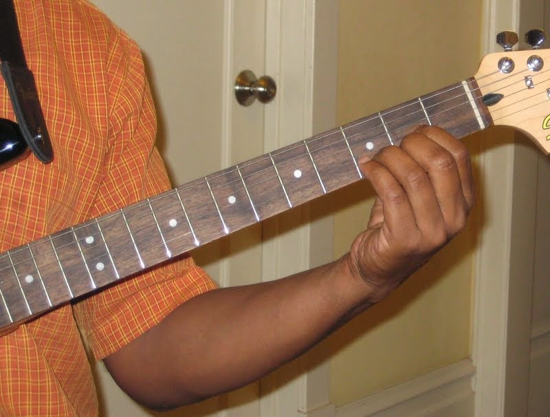 Is This The Wrong Way To Play A G Chord