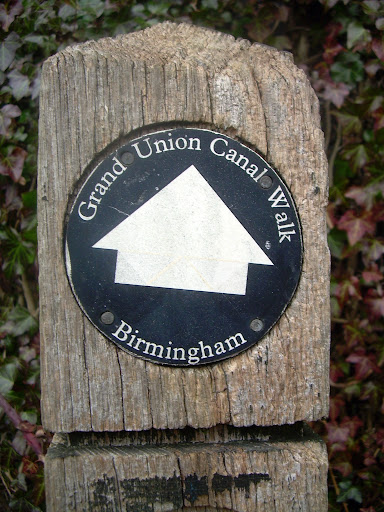 Grand Union Canal walk marker