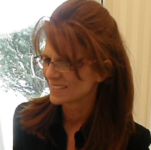 Maureen Flynn Photo 14