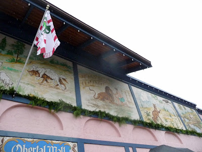 Cute Signs and Art in Leavenworth decorations