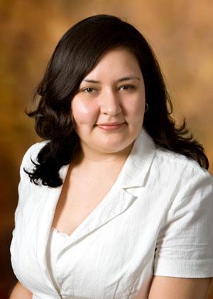 Elsa Torres Photo 30