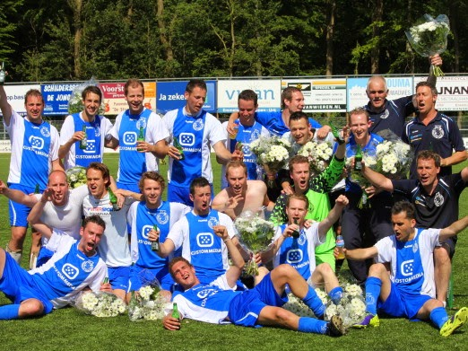 SC Emmeloord veldvoetbal. Foto: www.madez.nl